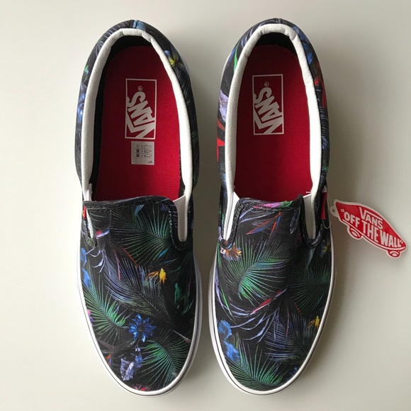 Vans Classic Slip On Black Tropical Floral Shoes NWT